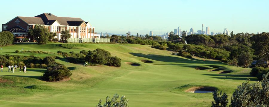 awww.nswgolfclub.com.au_images_front_18th_clubhouse.jpg